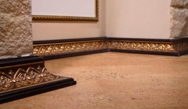 Polyurethan Formteile Betonen Erfolgreich Die Exklusivität Und Stil Ihrer  Innenraumlösungen. Sie Können Als Ein Rein Dekorativen Elemente Verwendet  Werden, ...
